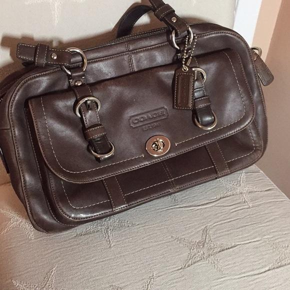 7011a259c6 ... 50% off vintage outlet coach bag 0ef36 53f8e